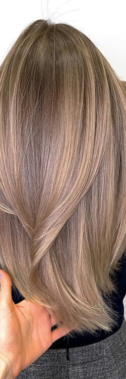 3-long-layered-hairstyle-for-women-with-straight-hair-B6YAN-BIsNe-2